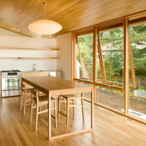 warm-wood-house-interior-in-portland-oregon-8